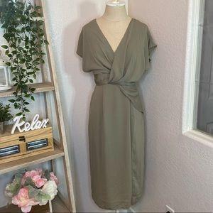 🆕ASOS green V-neck midi dress